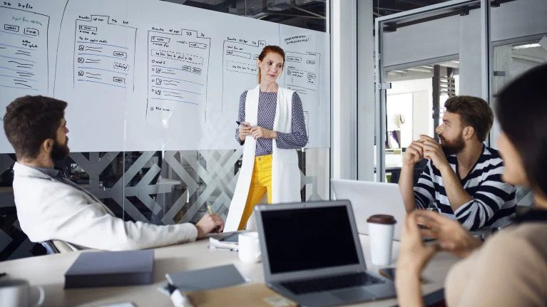 Unleash the power of data with a modern datastrategy